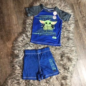 Baby Yoda 2 piece set new with tags